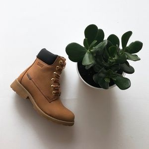 Cougar Neema Lace Up Boot